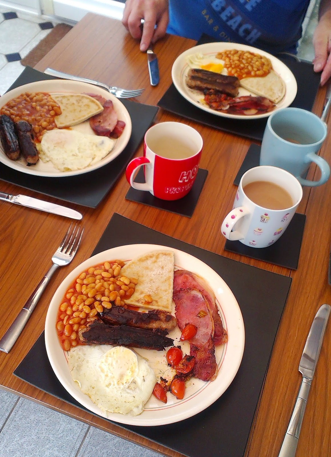 11am - Breakfast fry up