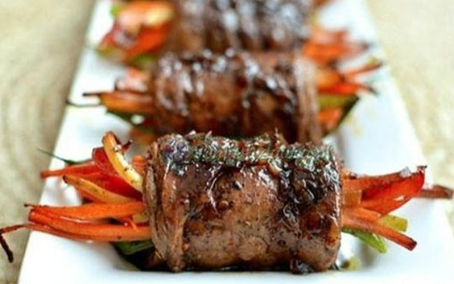 balsamic-glazed-steak-rolls