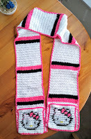 Hello Kitty Scarf with Pockets