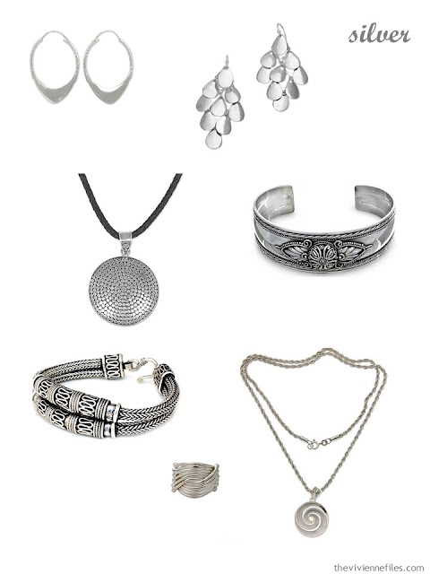 a family of seven pieces of sterling silver jewelry