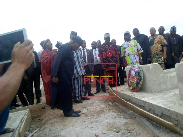 Obasanjo Spotted Visiting The Graveyard Of 73 Victims Of Fulani Massacre in Benue (Photos)