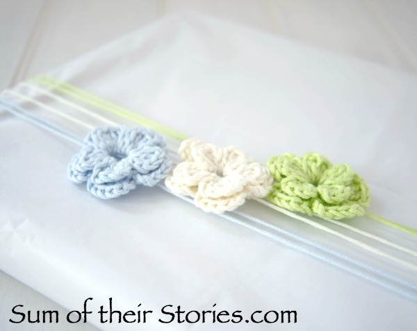 Crochet flowers used in gift wrapping