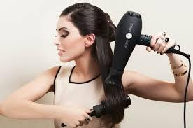 Saçlara zarar vermeden saç kurutma