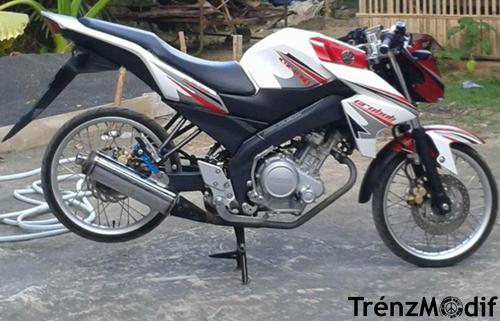 Gambar Modifikasi Yamaha New Vixion Velg Jari Jari