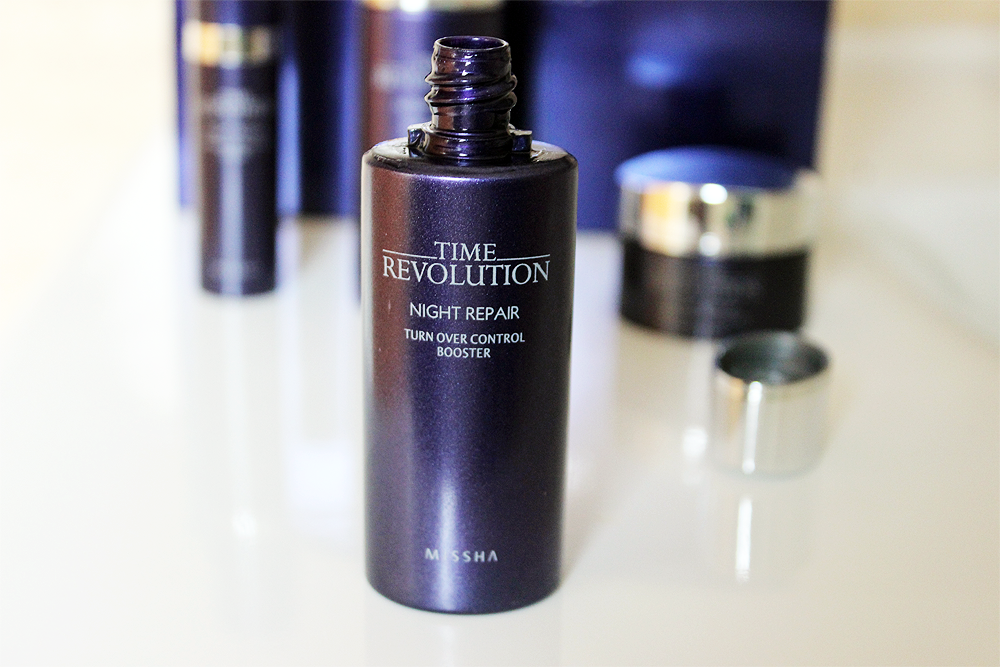 Missha Time Revolution Night Repair Turn Over Control Booster bottle