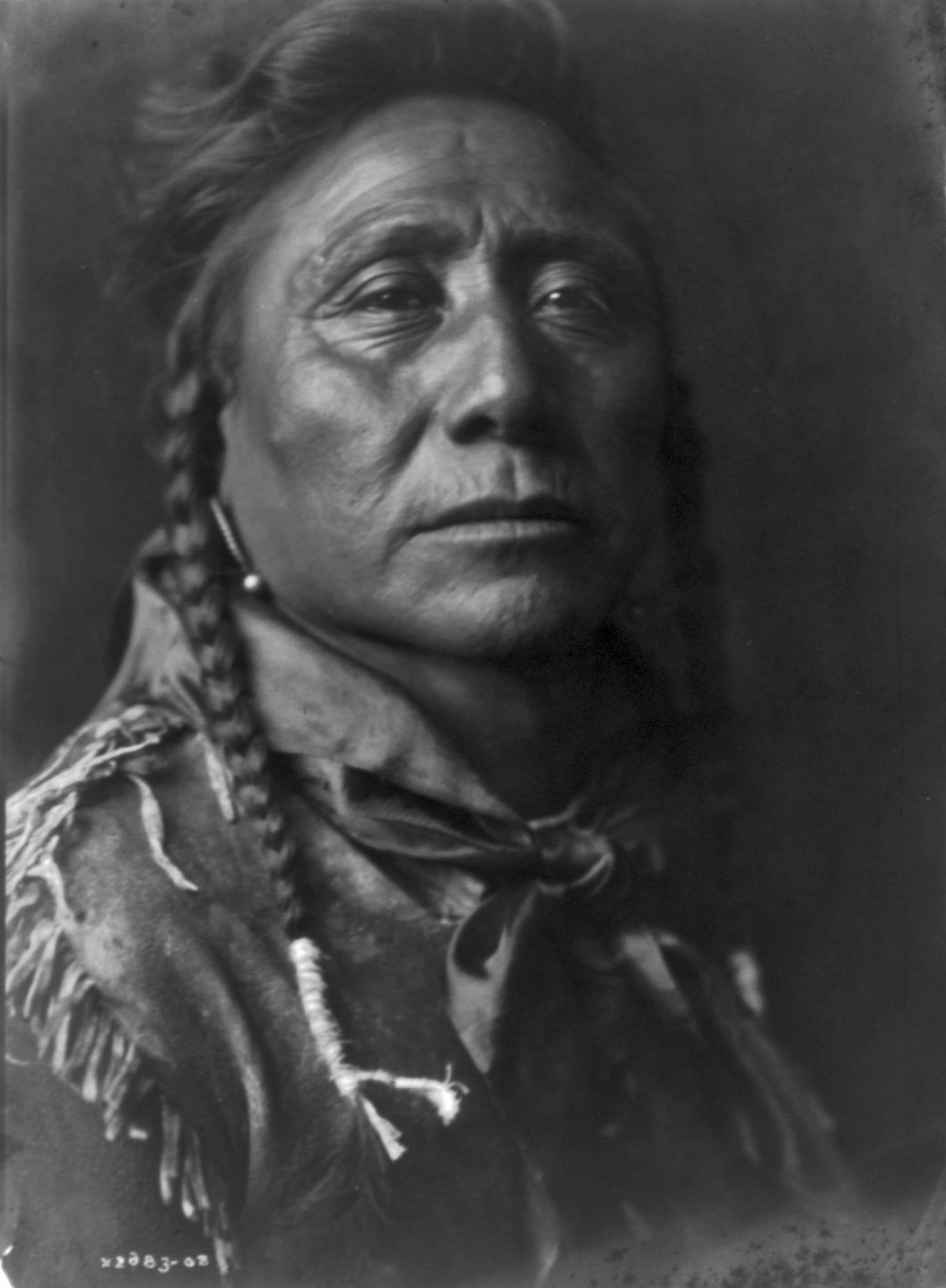 History in Photos: Edward S. Curtis - Apsaroke Indians