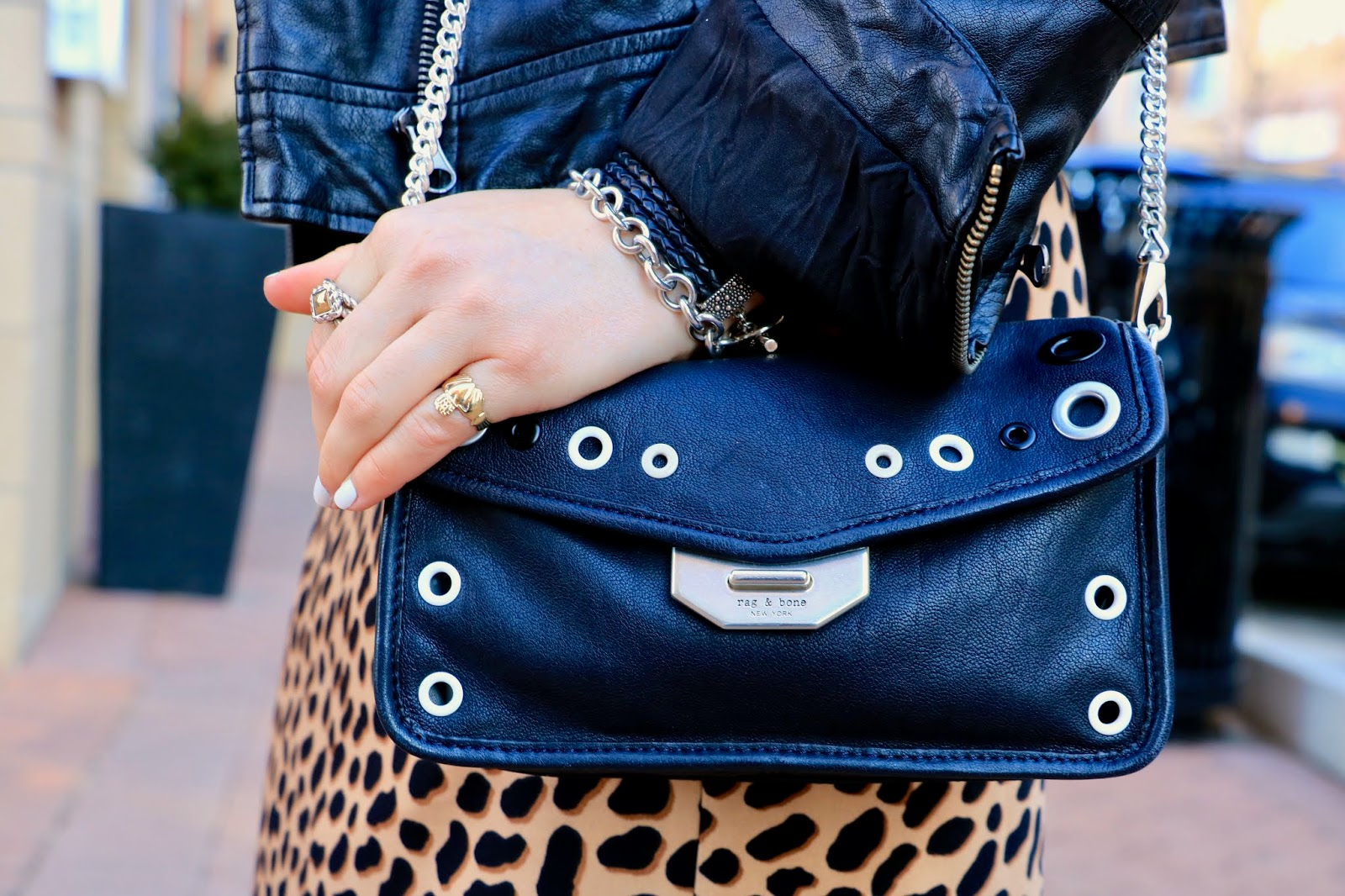 Nyc fashion blogger Kathleen Harper's rag and bone crossbody purse