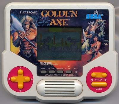 Il videogioco portatile Golden Axe della serie Gig Tiger