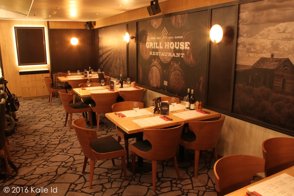 Kships onboard the new silja europa 12 december 2016 - The grill house restaurant ...