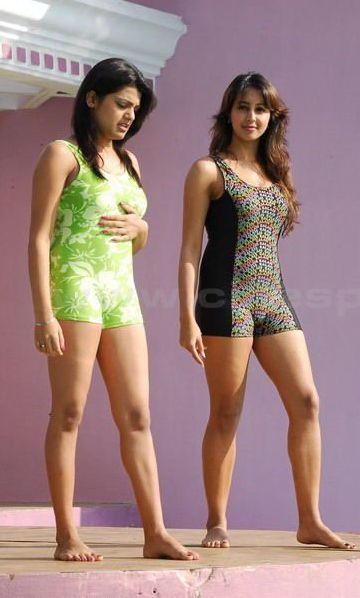 South Actress Hot Sanjana and Thashu Spicy Bikini Shoot hotphotos