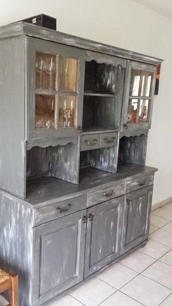 ma petite vie avant apres repeindre un buffet vaisselier d mod. Black Bedroom Furniture Sets. Home Design Ideas