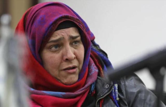 بعد عامين على اختطافها في إدلب أرجنتينية تغادر سوريا.