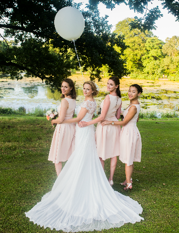 wedding portrait bridesmaids blush pink
