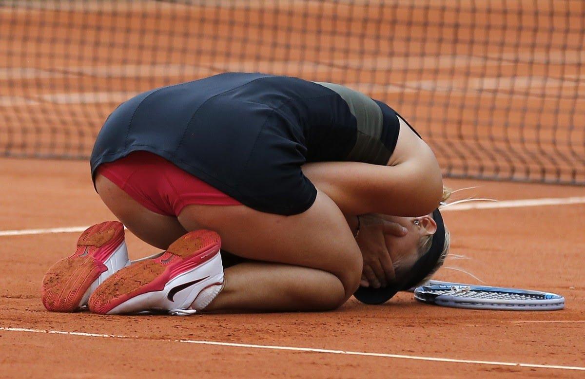 У спортсменки спали трусики, Пикантные фото спортсменок - засветы в спорте 15 фотография