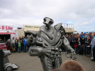 Santa Pod - Titan The Robot