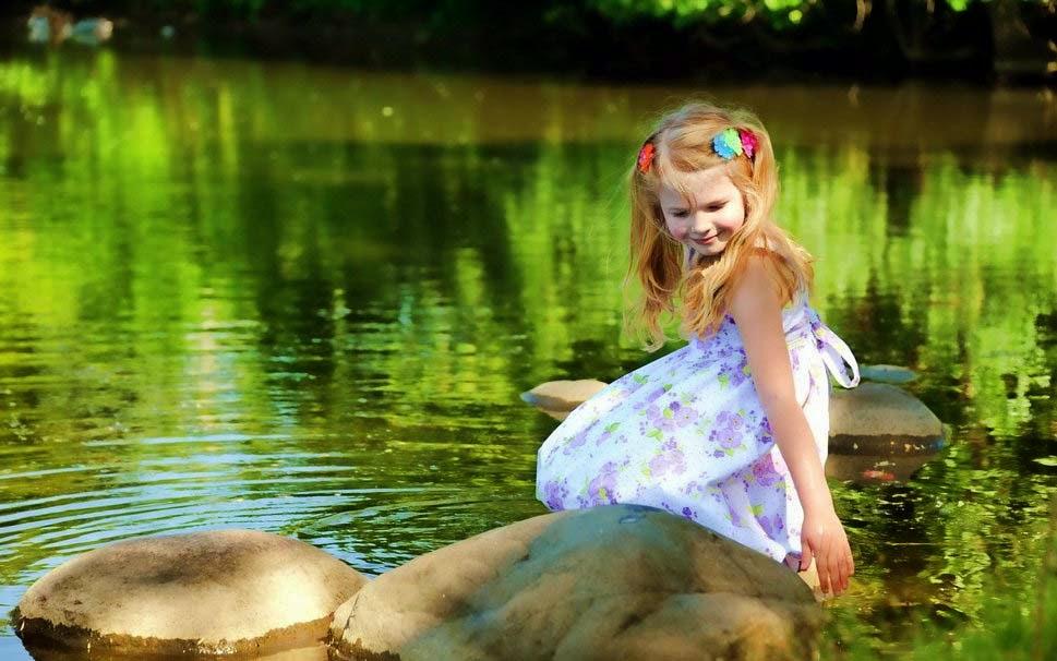 Yaz-pic-kız-göl