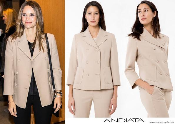 Princess Sofia wore Andiata dianna blazer beige