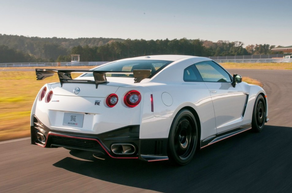 2018 nissan gtr nismo. wonderful nismo changes to the inside add interest of nissan gtr nismo and  incorporate exquisite touches like another bigger 8inch touchscreen that can be  to 2018 nissan gtr nismo
