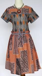 Dress Busana Batik Guru Wanita Muslim