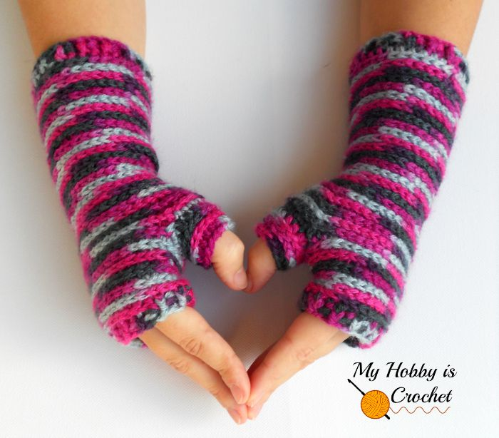 Bella Bricks Fingerless Mitts - Free Crochet Pattern
