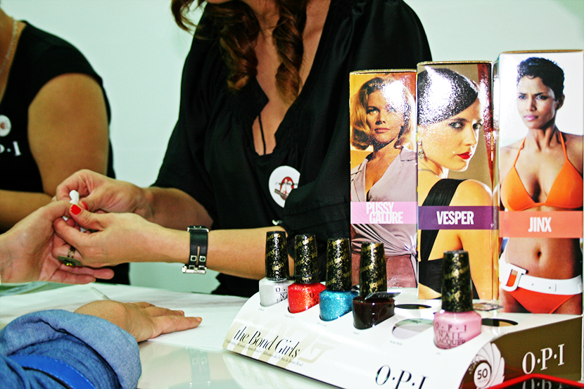 Cosmopolitan shopping week Tenerife, SNB, Fashion Blogger Tenerife, OPI, Colección Bond Girls