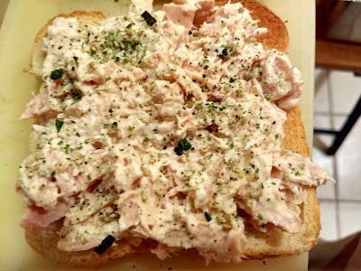 tuna sandwich with furikake