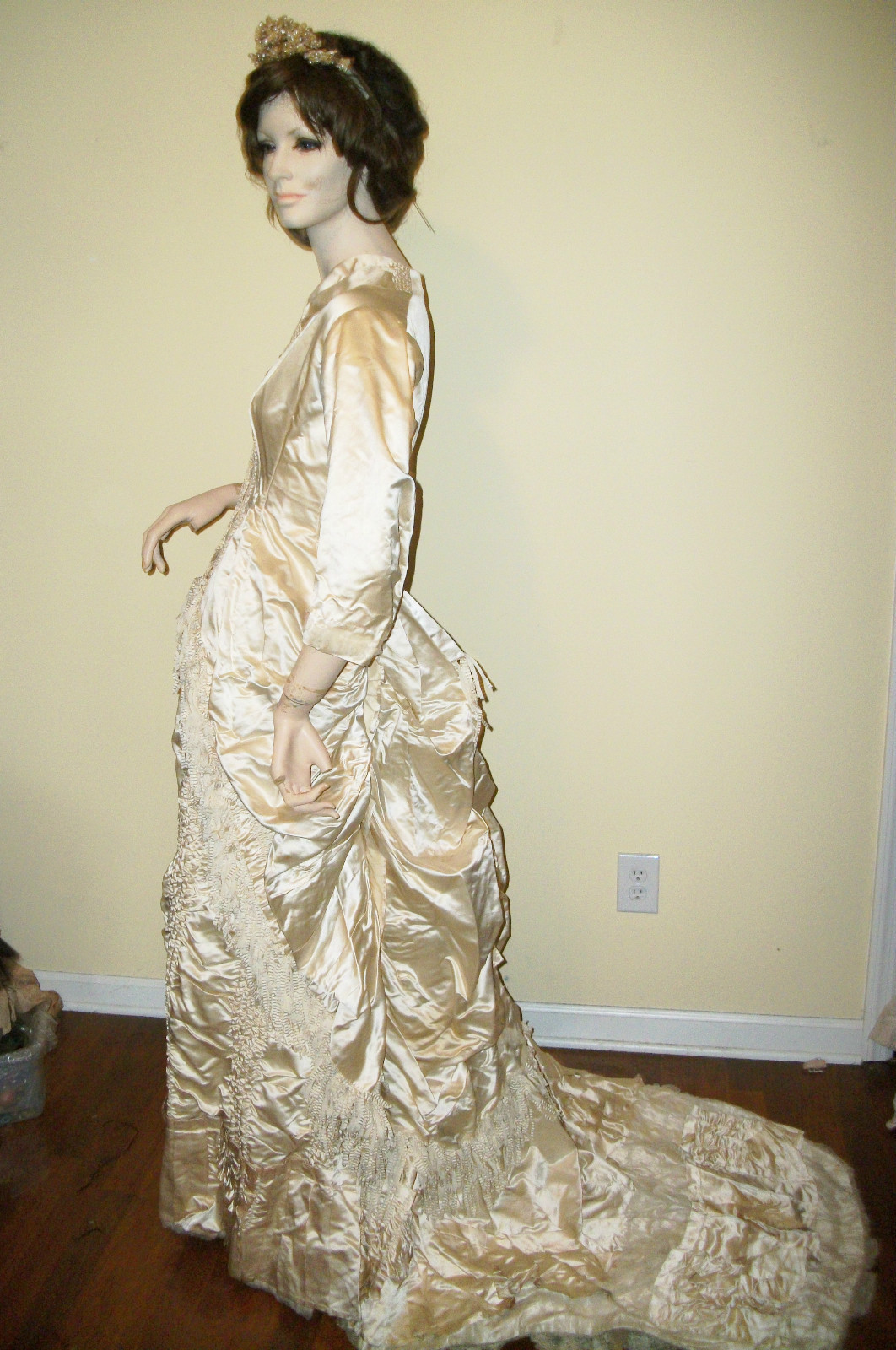 All The Pretty Dresses: Bustle Era Wedding (?) Gown