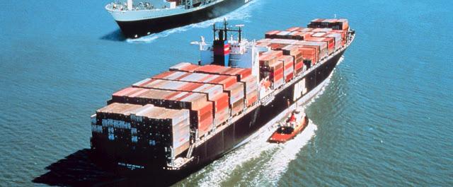 Buque contenedor y registro de buques