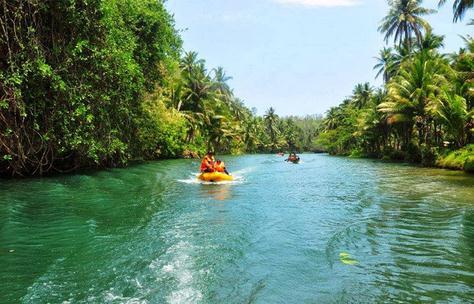 Tempat wisata sungai maron di pacitan