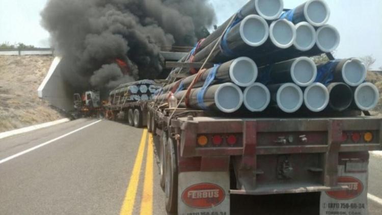 """Michoacán en 'llamas'...otra vez: Captura de CAPO de """"Los Viagras""""  detona narcobloqueos"""