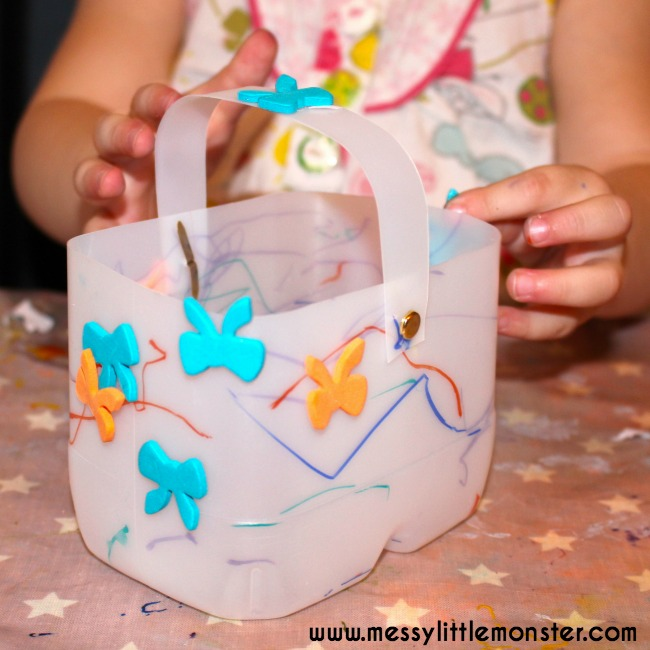Plastic bottle Easter basket craft for kids. An easy Easter activity for toddlers, preschoolers and older children.