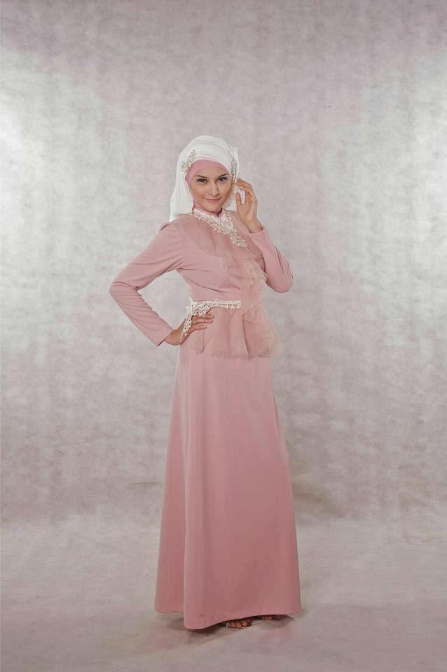 Foto Gambar Desain Baju Gaun Muslim Wanita yang Murah ...