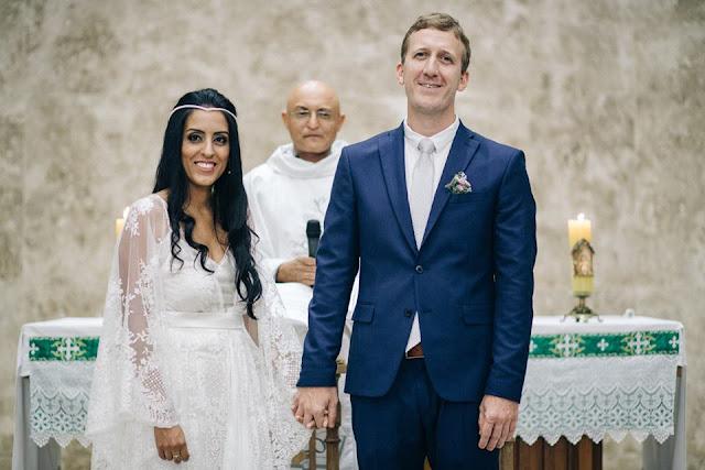 casamento real, sandra e renato, noivos no altar