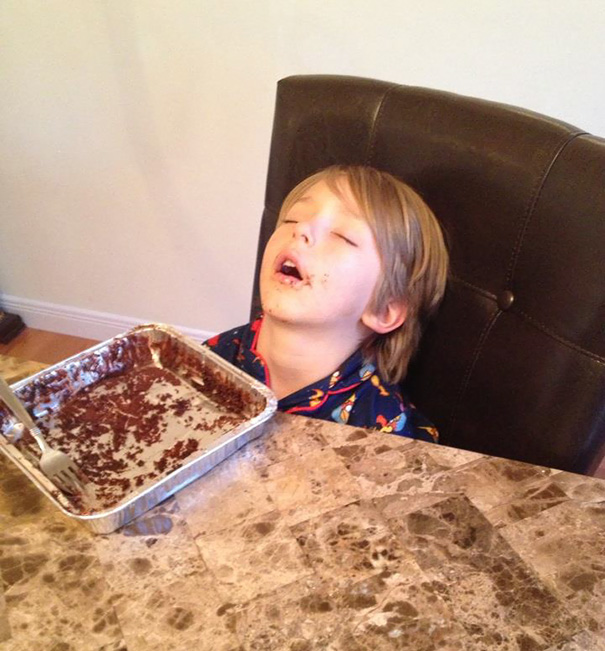 15+ Hilarious Pics That Prove Kids Can Sleep Anywhere - Literally Ate Himself To Sleep