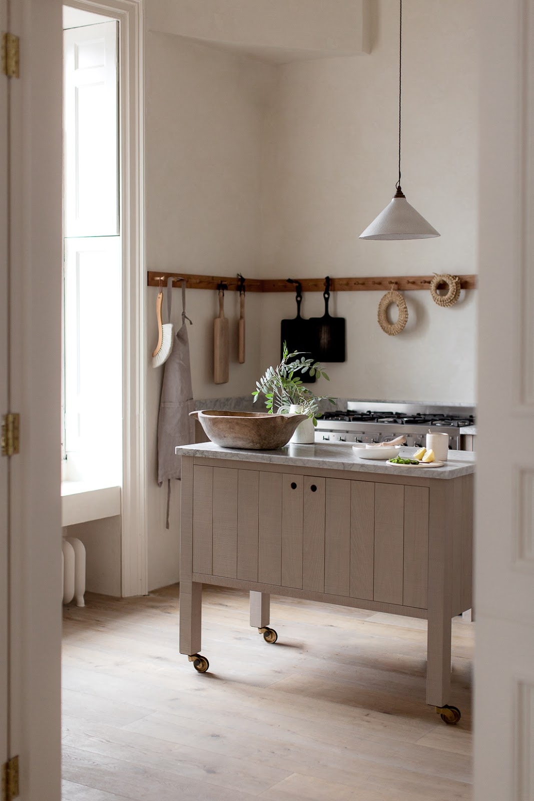 ilaria fatone - a comforting and minimal home - a kitchen detail