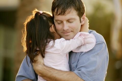 Girls, Kamu yang Sering Bertengkar dengan Ayahmu, Ini Sebuah Renungan Untukmu Sebelum Menyesal Nanti
