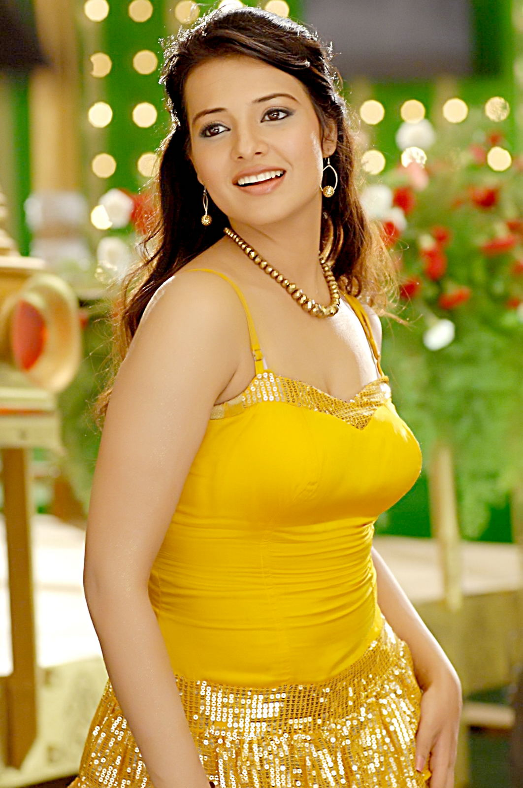 saloni aswani actress telugu latest unseen stills cinespot film cinema south veethi views sponsored links