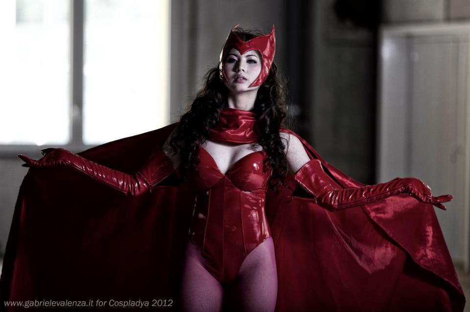 ashley gosiengfiao sexy scarlet witch cosplay 01