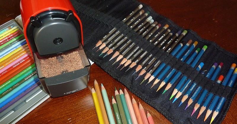 japan import Uni KH-20 Hand Crank Wooden Pencil Sharpener Red