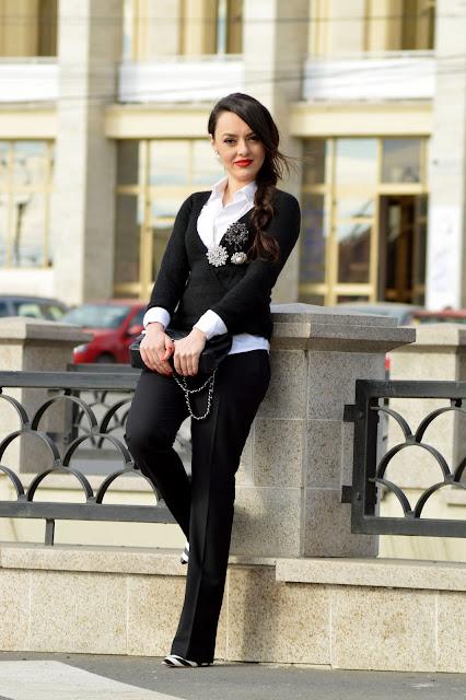 Pantofi alb si negru