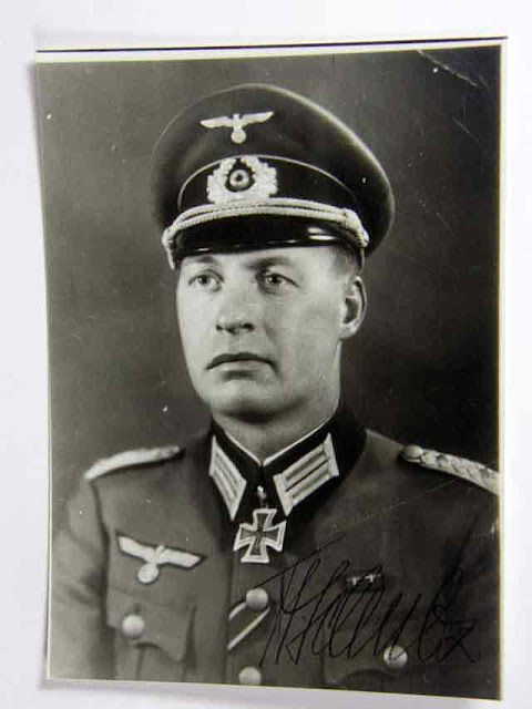 Oberst Johannes Schulz earns Knight's Cross, 6 October 1941 worldwartwo.filminspector.com