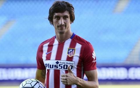 Savic tỏa sáng trong màu áo Atletico