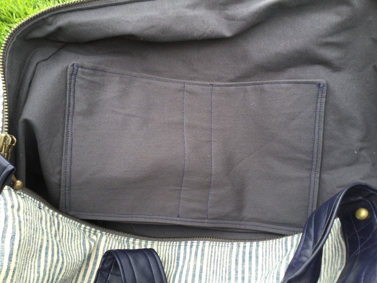 110 Creations: Linen and Leather Portside Duffle