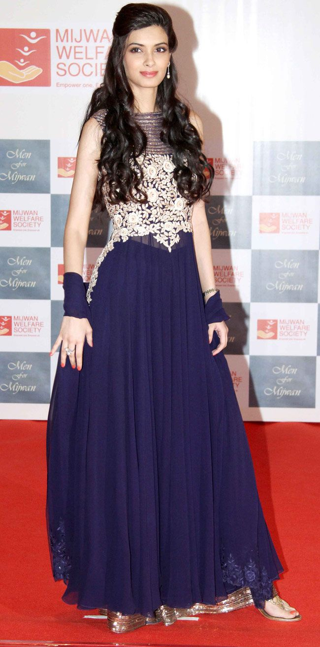 Diana Penty in Navy Blue Anarkali Dress at Men of Mijwan Fashion Show
