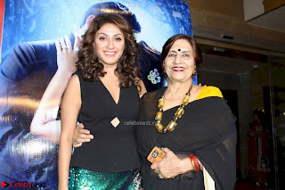 Manjari Phadnis At Jeena Isi Ka Naam Hai Premier Show 06.jpg