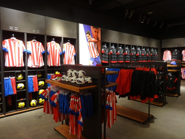 Buy Online Atletico Mardrid Accessories, Personalized Football Gifts in India