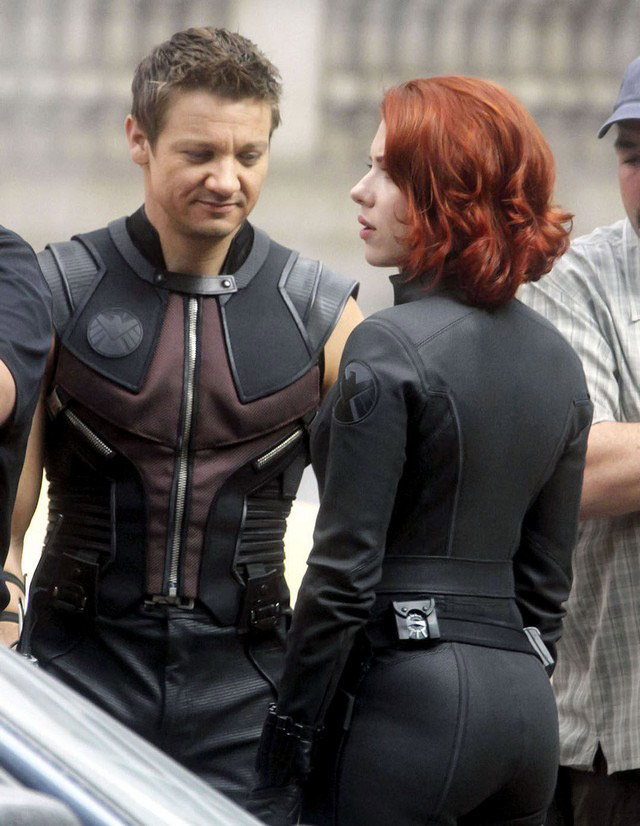 Scarlett Johansson from behind in her black catsuit in The Avengers 2012 movieloversreviews.filminspector.com
