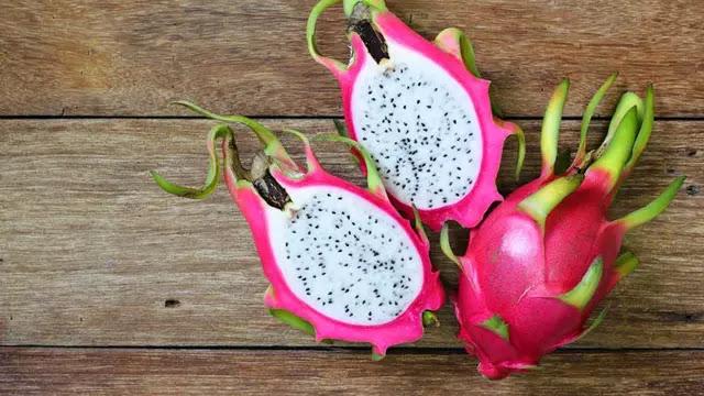 19 Manfaat Makan Buah Naga untuk Kesehatan Tubuh Anda