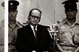 Adolf Eichmann pendant son procès à Jérusalem (1961)