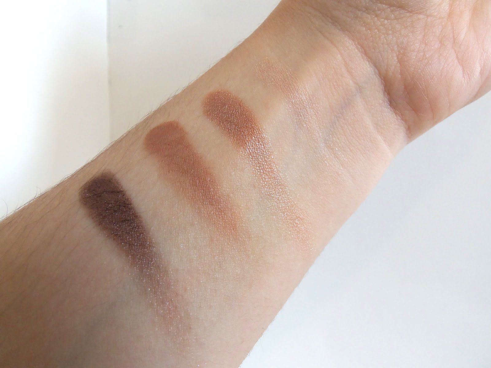 Revlon Illuminance Creme Shadow in Not Just Nudes, Review & Swatch ...